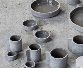 grey dishes